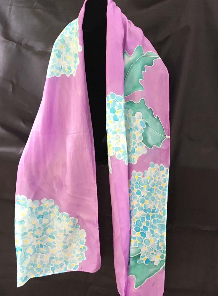 "#EAS-1158 Hobotai Silk Hydrangeas on Lavender 11"" x 64"" $80.00"